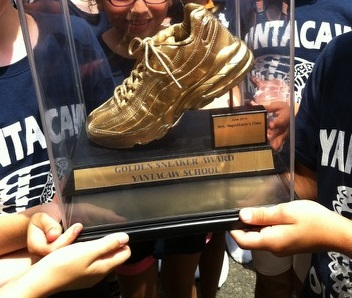 Yantacaw Walks Golden Sneaker in Winning Hands June 2014