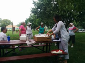 Victoria from the Salem County Office of Aging handing out lunches to our participants.